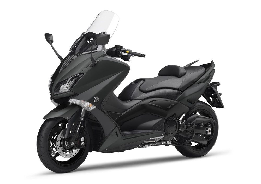 Rental Scooter Yamaha T-Max 530 in Rome